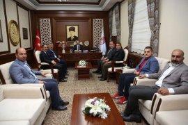 Bayburt İl Özel İdare Gençlik Ve Spor Kulübü Yönetimi Vali Ali Hamza Pehlivan'ı Ziyaret Etti.