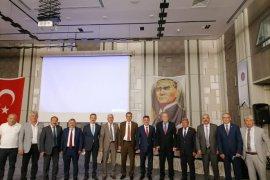 Hükmü Pekmezci DKBB'de Yeniden Encümen Üyesi Seçildi