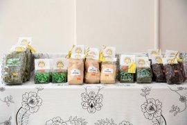 Bayburtlu Bacılar Kadın Kooperatifi İlk Ürünlerini Pazara Sundu