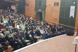 Prof.Dr.Hacımüftüoğlu 'İslami Kimlik' Konulu Konferans Düzenledi