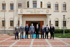 Bayburt Üniversitesi Rektörlüğünde Devir Teslim Yapıldı
