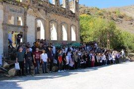 Avrasya Üniversitesi Mimarlık Bölümü öğrencilerinden Gümüşhane ve Bayburt'a teknik gezi