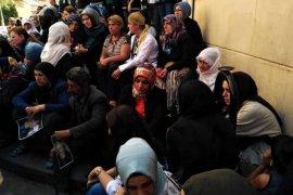 Bayburt KADEM'den Oturma Eylemi Yapan Diyarbakır Annelerine Destek