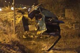 Otomobil Taş Ocağına Uçtu: 1 Yaralı