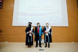 Bayburt Üniversitesi Mezunlarını Uğurladı