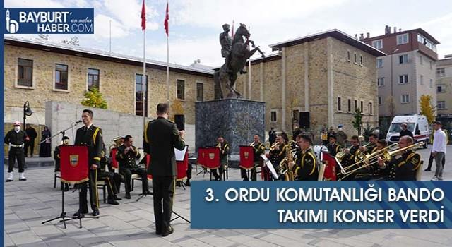 3. Ordu Komutanlığı Bando Takımı Konser Verdi