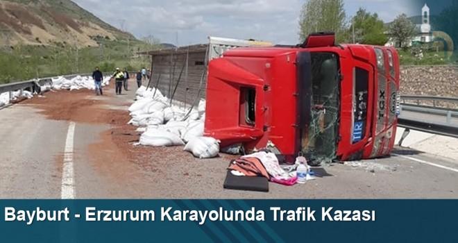 Bayburt - Erzurum Karayolunda Trafik Kazası