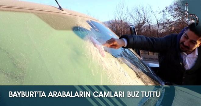 Bayburt'ta Arabaların Camları Buz Tuttu