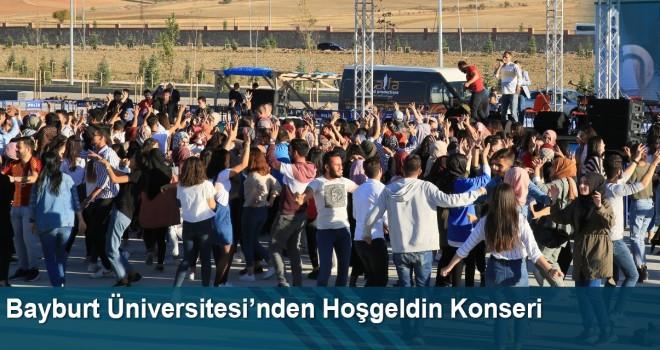 Bayburt Üniversitesi Öğrencileri 'Üniversitene Hoşgeldin!' Konserinde Buluştu